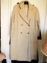 LADIES WARM SOFT CREAM 100% WOOL COAT SIZE 12 MASKA BASE PLACENZA ITALY QUALITY